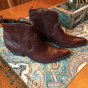 Gianni Binii Leather Burgundy Booties, western 8